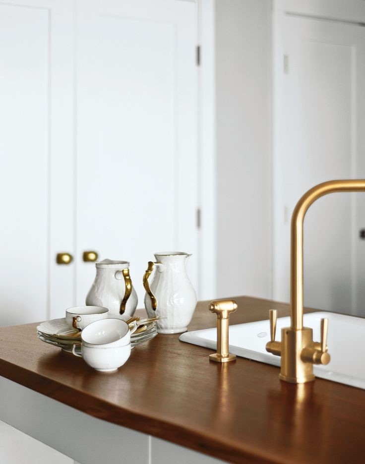 Kitchen or Bar Faucet in Satin Brass